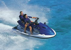 Pack kayaking + snorkeling route and one hour jet ski excursion