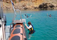 snorkel con lancha