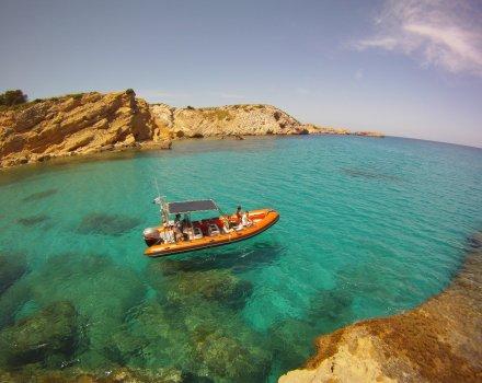 Excursión lancha playas costa norte + sesión de snorkel en la reserva marina