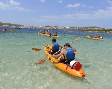 Pack excursión lancha playas costa norte y ruta kayak + snorkel en la reserva marina