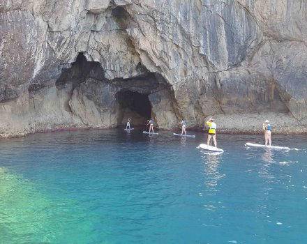Paddle surf trip + caves