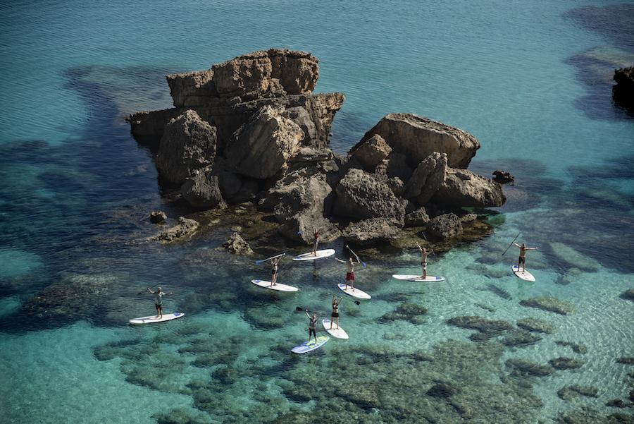 ¿Donde practicar paddel surf en Menorca?