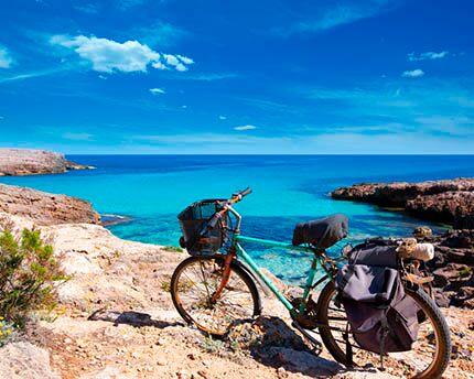 ¿Donde hacer rutas con bicicletas en Menorca?